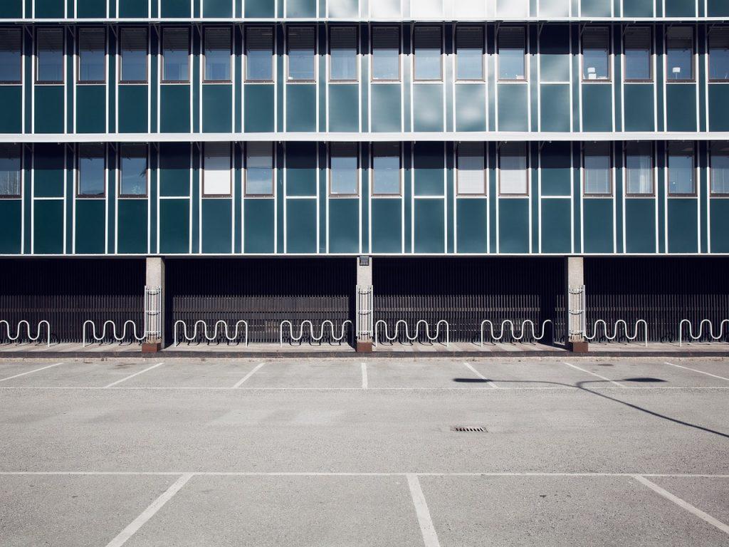 nice-parking-area